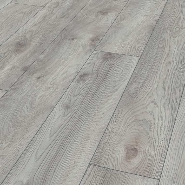Macro Oak white